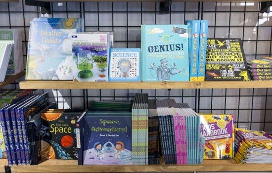 Book shelf in the MSI shop