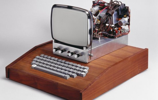 Apple 1 Personal Computer, 1976-1979