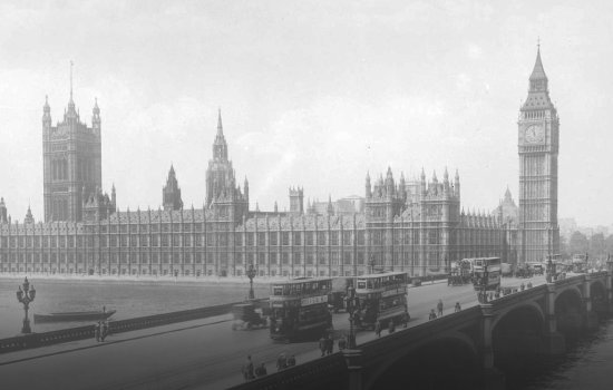1950s Photograph of the Houses of Parliament