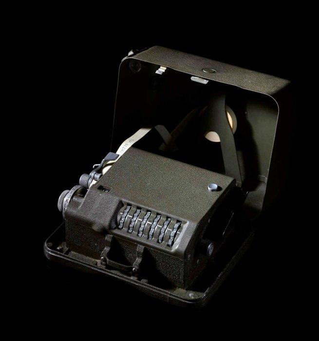 M-209 B cipher machine