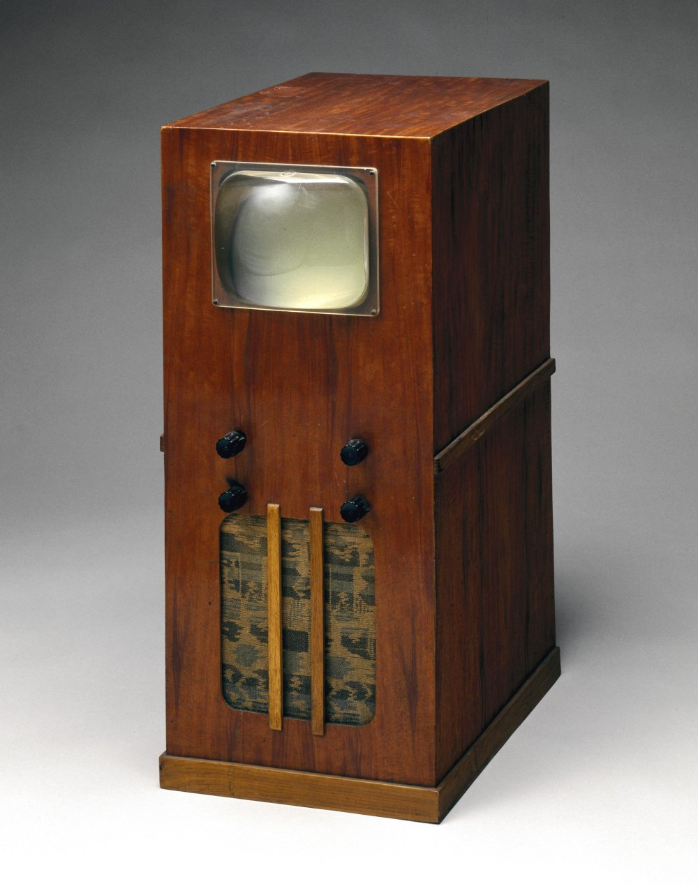 Home-made television receiver built from a Premier Radio kit (1945-1955)